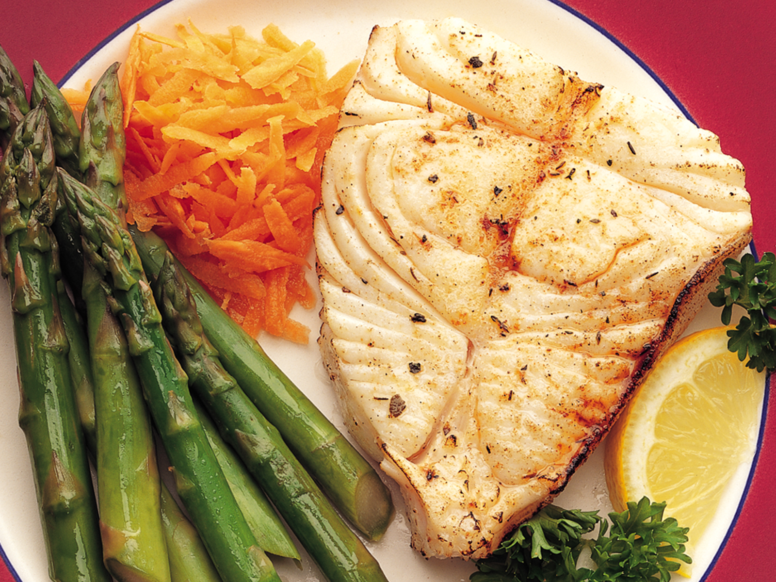 Halibut Steaks Regular Cut  4 oz. (1/10 lb) 411708