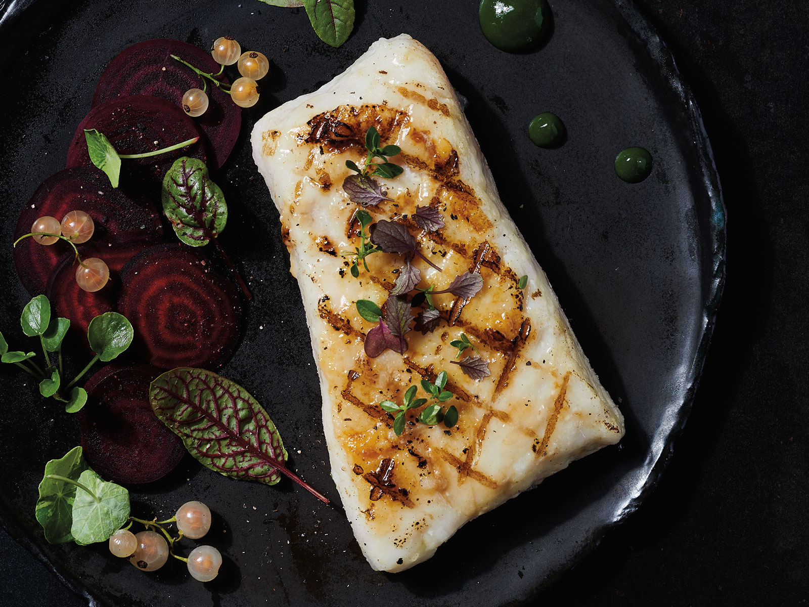 Wild & Simple Entrée Redi™ Wild Alaska Pollock Loin Portion 5.7 oz Deep Skinned, Boneless 426226