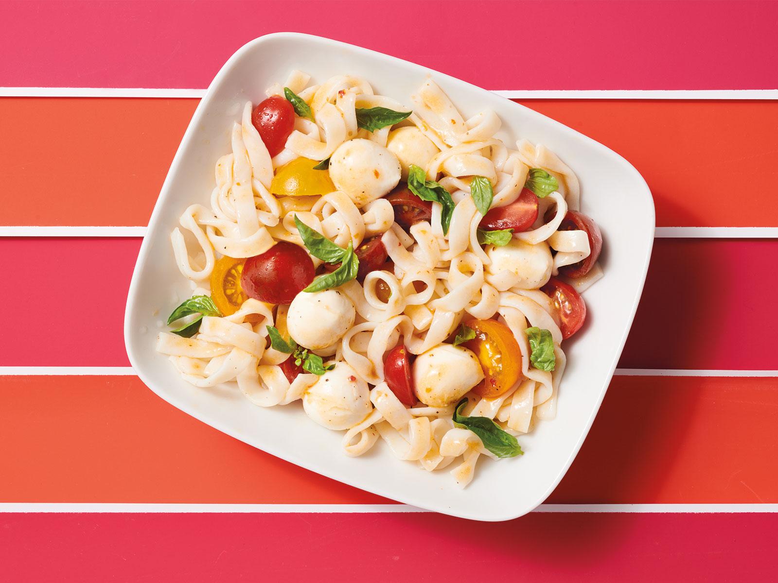 Protein Noodle Caprese Salad